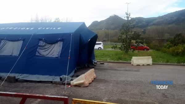 VIDEO   Coronavirus, al 'Santa Scolastica' la tenda pre-triage è chiusa. Allo 'Spaziani' di Frosinone accoglie i casi sospetti
