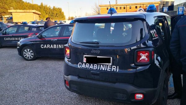 Valmontone, carabinieri in fila all'hospital per il vaccino anti covid-19