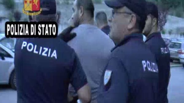 Frosinone, gestivano le prostitute rumene sull'ASI. Arrestati 6 aguzzini