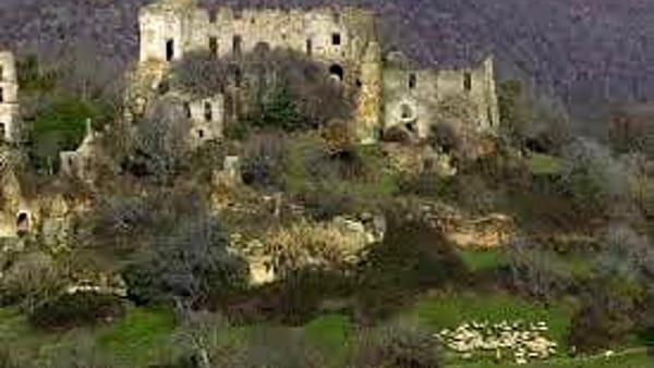 Pasquetta a Canale Monterano, nel borgo fantasma e riserva