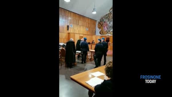 VIDEO | Omicidio Gabriel, il papà del bambino in aula: è accusato di infanticidio
