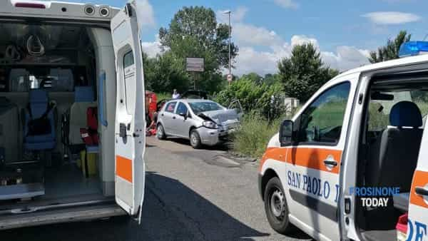 Cassino incidente S.Angelo ambulanza