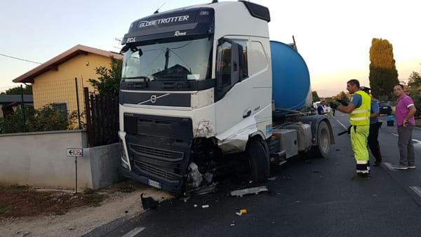 Artena Incidente via Velletri4