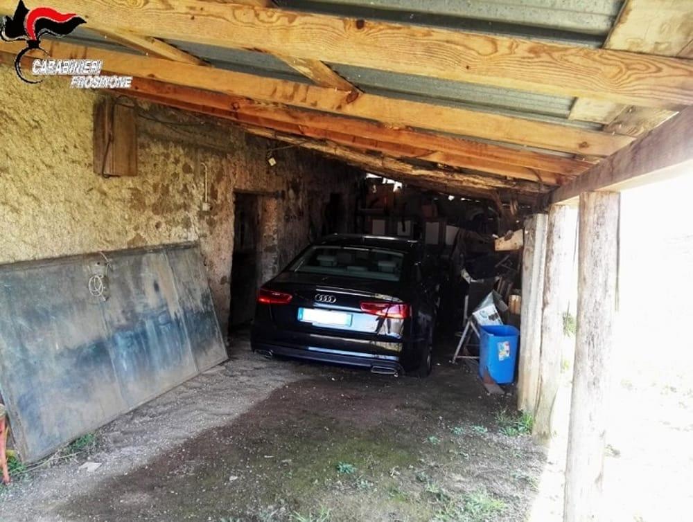 Serrone Auto Usata Per Una Rapina Nascosta In Garage Denunciato Un